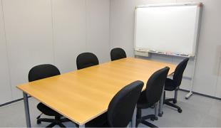 貸会議室。I.S.O横浜では大小合せて3タイプの貸会議室をご用意しています。